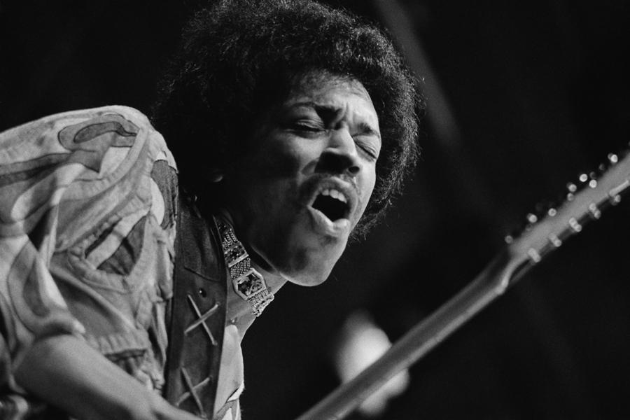 聯邦調查局裡關於Jimi Hendrix的調查報告非常的「迷幻」。